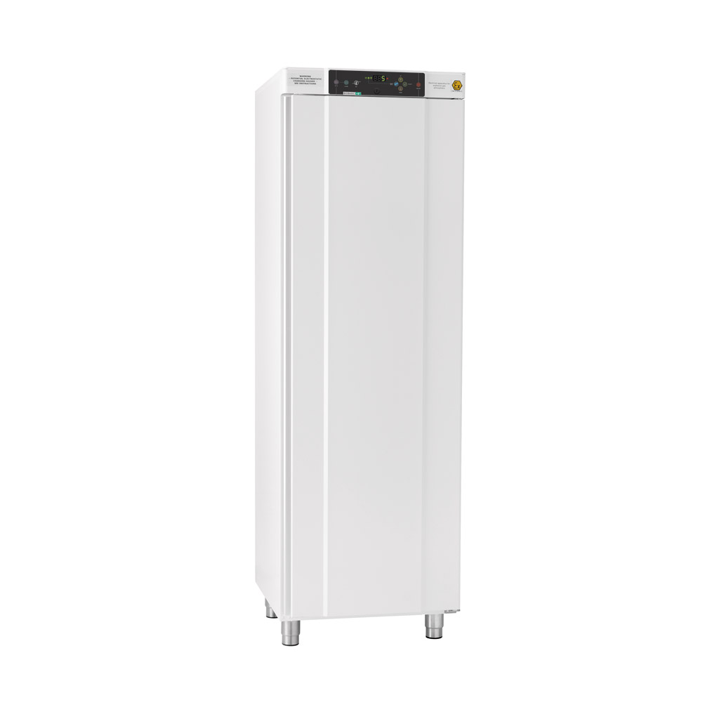 BIOBASIC 410 – Full-Height Lab Refrigerator Or Freezer With 6 Wire Shelves (total Number), White Exterior With Right-hinged Door.